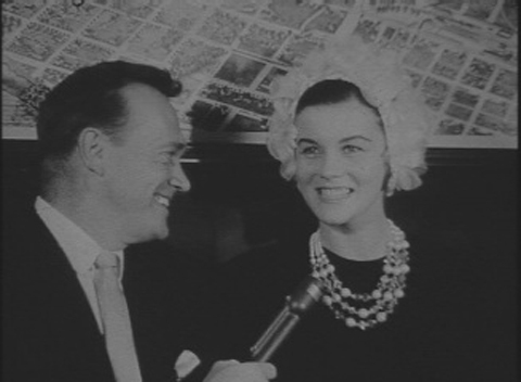 """Austin broadcast personality, Cactus Pryor, interviews actress Ann-Margret at the Driskill in Austin, Texas, the site of the world premiere of her second film, """"State Fair."""""""